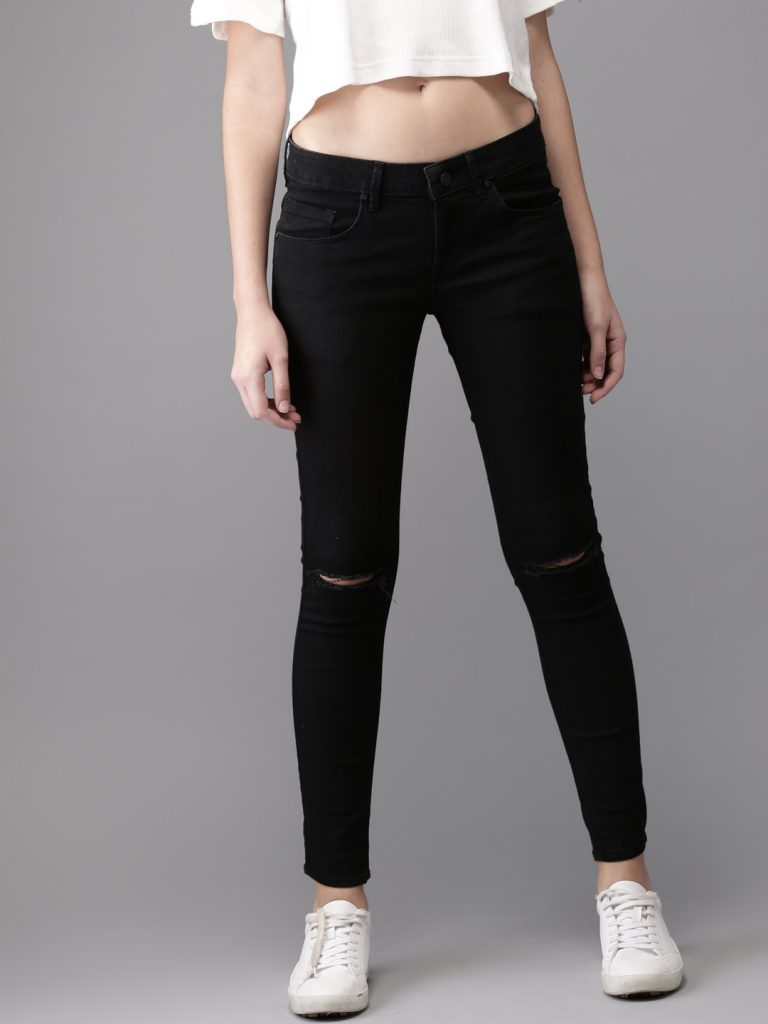 Women Black Skinny Fit Mid-Rise Slash Knee Stretchable Jeans