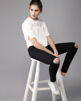 Black Skinny Fit Mid-Rise Slash Knee Stretchable Jeans